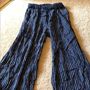 American Eagle wide leg pants